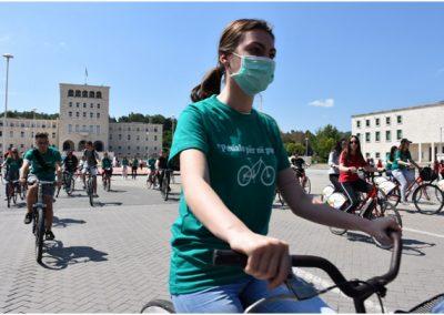 Ajri i pastër në Tiranë, më shumë ecje, biçikleta dhe transport urban