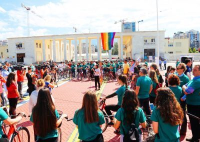 Ajër i pastër në Tiranë, më shumë ecje, biçikleta dhe transport publik