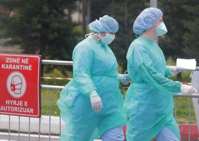 """Spitali më i madh mjekësor """"Nënë Tereza"""" kambanë alarmi e COVID-19"""